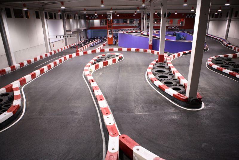 pista de karting cubierto